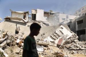 24prima-pale-israele-gaza-macerie-raid-city-ue