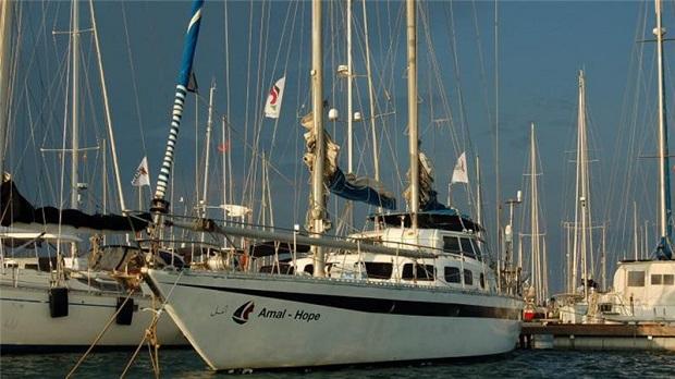 Una flottiglia per Gaza salpa da Barcellona, in Spagna