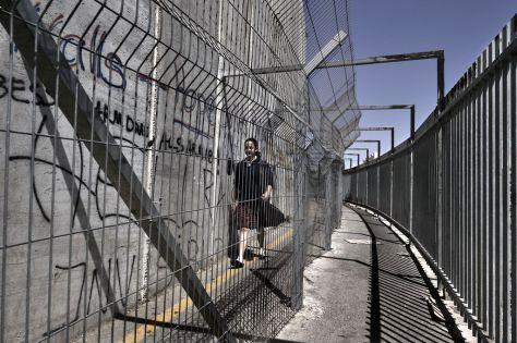 Documenti segreti rivelano come Israele ha collaudato il sistema di sottrarsi al controllo internazionale sull'occupazione.